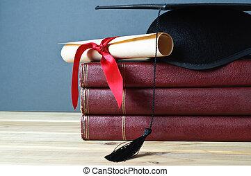 livres, rouleau, remise de diplomes, mortarboard