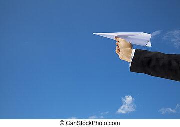 location, mouche, fait, sur, ciel bleu, main, papier, homme affaires, avion
