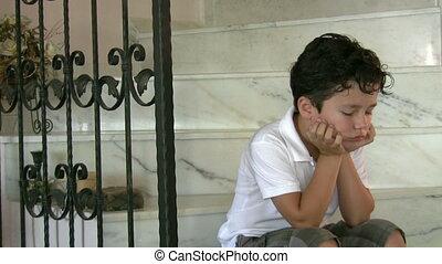 lonly, enfant triste