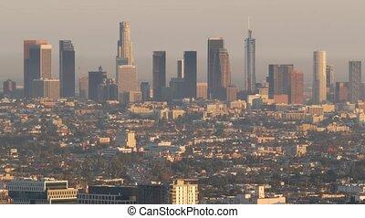 los angeles, en ville, ville, californie, métropole, toxique, smog, bas, highrise, skyline., fog., usa., urbain, brumeux, air, problèmes, gratte-ciel, pollution, visibilité, écologie, cityscape, sale