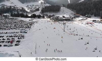 lot, vue, aérien, recours, gens, pentes, ascenseurs, ski, ski