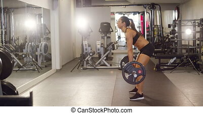 lourd, formation, femme, fonctionnement, gymnase, dur, poids, deadlifts, fitness