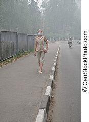 lourd, marche, femme, smog