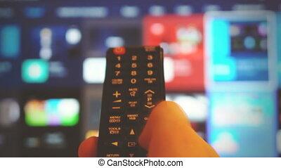 mâle, main, control., extérieur tv, tenue