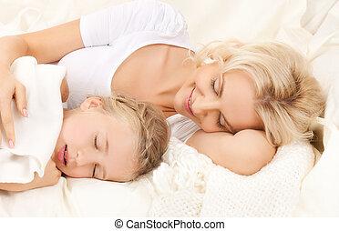 mère, fille, dormir