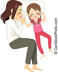 mère, fille, lit, dormir