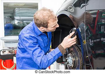 mécanicien voiture, freins, réparations