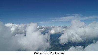 métrage, nuages, au-dessus, fenêtre, poste pilotage avion, vue, aérien