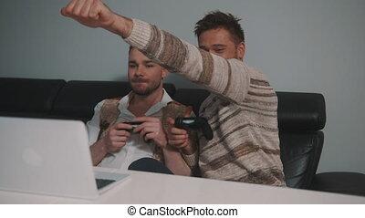 même, style de vie, jeune, gay, joystic, jeux, jouer, utilisation, partenaires, couple, controller., vidéo