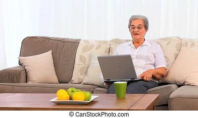 mûrir, elle, ordinateur portable, femme travail