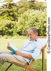 mûrir, livre lecture, homme, heureux