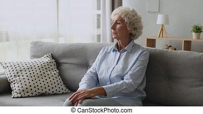 mûrir, milieu, femme, songeur, problems., malheureux, vieilli, pensée