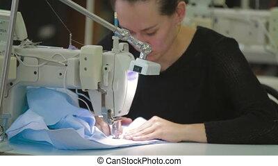 machine, tailleur, industriel, couture, fonctionnement
