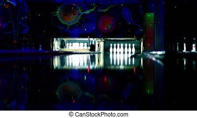 machine, tenpins, ensemble, battement, skittles, haut, club, lit, balles, bowling, rouleau
