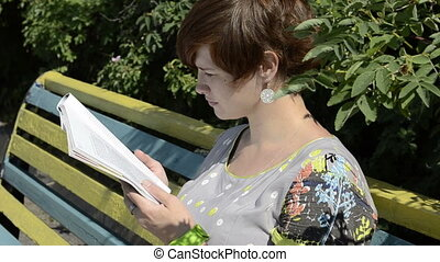 magazine, lecture femme, pregnant