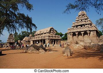 mahabalipuram, cinq, rathas