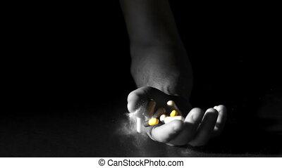 main, pilules, tenue, poudre, blanc