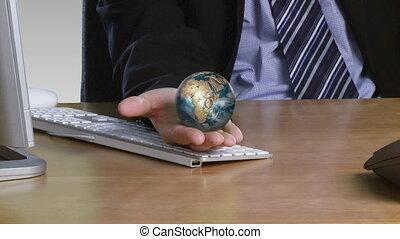 main, sien, ouvert, globe, rotatif, homme affaires