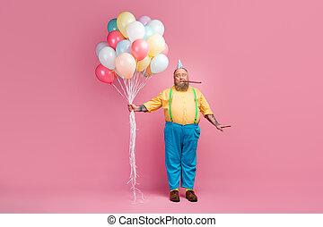 mains, corps, avoir, sien, seul, unique, fond, il, gentil, air, tas, balle, taille, isolé, froussard, type, longueur, vue, entiers, tenue, pastel, barbu, sifflement, rose, couleur, amusement, fête, sur