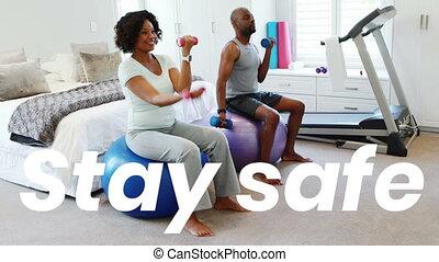 maison, africaine, mots, sûr, pendant, covid19, couple, coronavirus, pandémie, américain, séjour, sport
