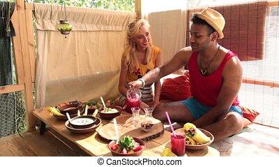 maison, couple, arbre, déjeuner, plage, avoir