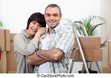 maison, couple, en mouvement