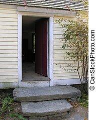 maison, doorway.