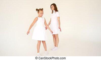 maman, fille, amusez-vous, robes