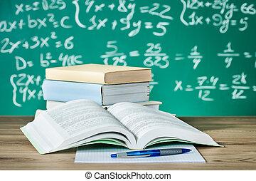manuels, bureau scolaire
