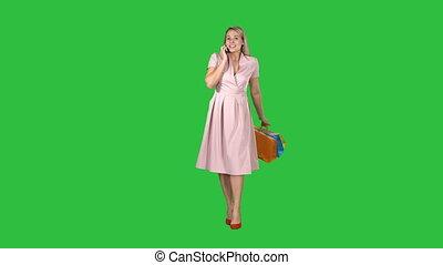 marche, achats femme, chroma, jeune, écran, téléphone, quoique, vert, key., faisant option achat