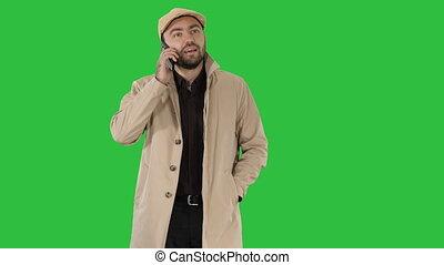 marche, business, habillé, chroma, écran, tranchée, quoique, vert, key., faisant option achat, homme
