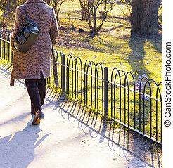 marche, femme, parc, public