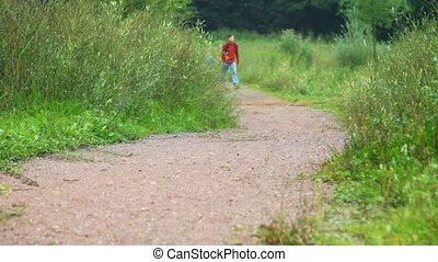 marche, joindre, père, fils, parc, appareil photo, mains