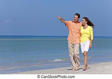 marche, plage, couple, pointage, heureux