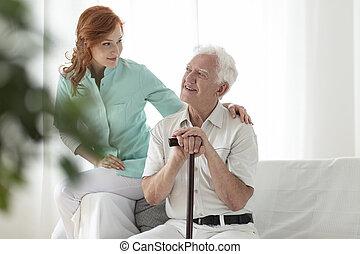 marche, soins, maison, personnes agées, amical, crosse, sourire, infirmière, homme