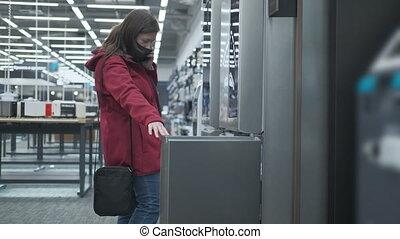 masqué, achats, frigidaire, magasin, femme, intelligent