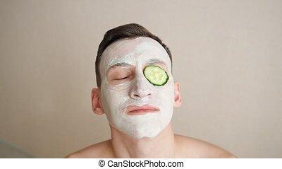masque, yeux, mange, figure, homme, anneaux, concombre