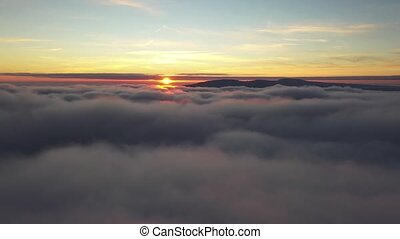 matin, sur, voler, nuages, sun., tard
