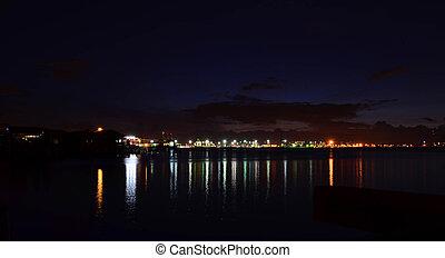 matin, tôt, cargaison, fret, port maritime, panorama, scène, récipient
