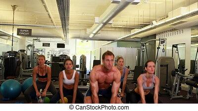 mener, kettleb, instructeur, musculaire