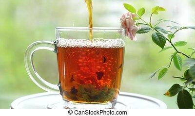menthe, fête, groseille, verser, feuilles, baume, cup.tea, framboise, thé citron, dehors, verre