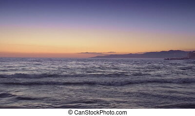 mer, coucher soleil, montagnes