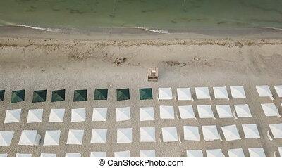 mer, plage, parapluies