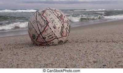 mer sable, globe, retro