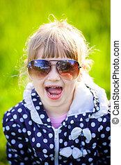 mignon, peu, lunettes soleil, girl