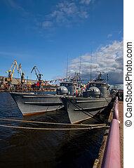 militaire, bateaux