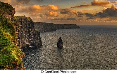 moher, clare, comté, célèbre, irlande, falaises, coucher soleil
