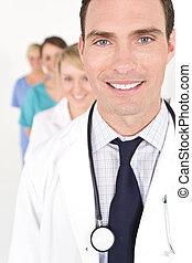 monde médical, collaboration