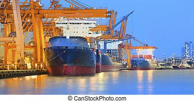 mondiale, international, grue, lourd, panorama, beau, exportation, yard, importation, usage, commerce, crépuscule, bateau, scène, industrie