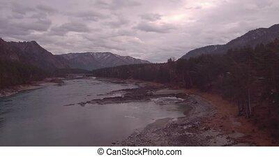 montagne, aérien, paysage., sur, voler, forêt automne, vue., rivière, valley., 4k